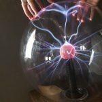 現代の魔法使い・落合陽一を知るために読むべき「魔法の世紀」